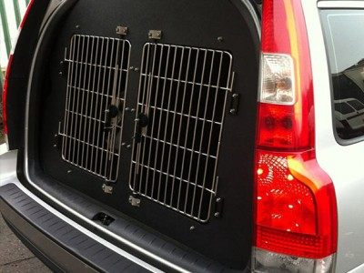 Dogtran, experts in the design & fit of terrier boxes to cars and vans